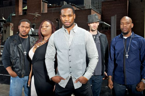Robert-Randolph-and-The-Family-Band